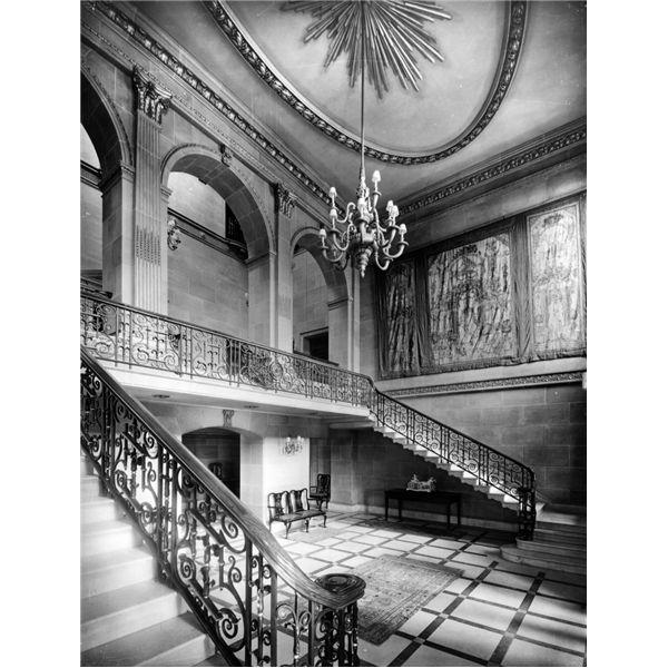 Tusmore Park The staircase hall at Tusmore Park designed by the architects Imrie and Angell. Formed by the removal of the floor of the original first floor entrance hall. Pub Orig CL 06/08/1938