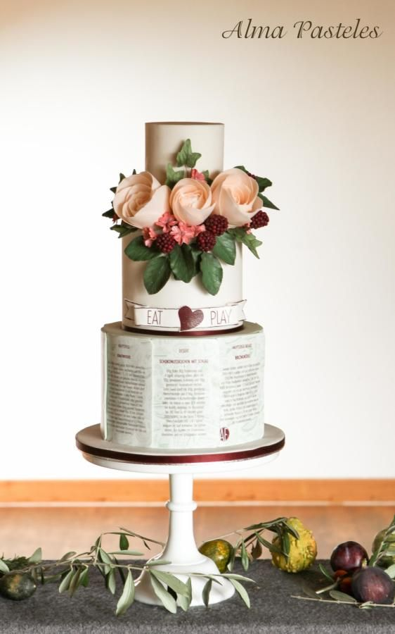 Eat & Play - Rustic wedding cake - Cake by Alma Pasteles