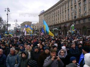 Навіщо потрібно прибрати на Євромайдані?