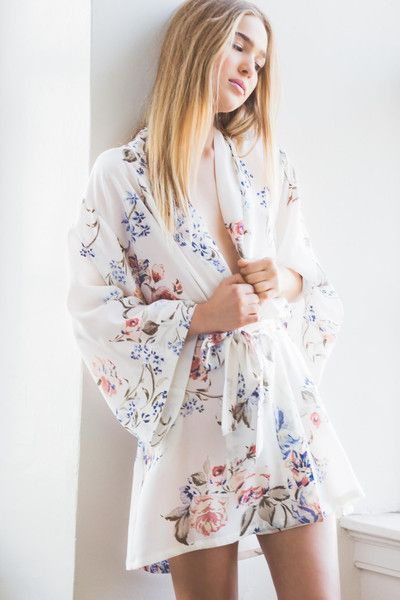 Helena Quinn silk robes / / chic bridesmaids robes