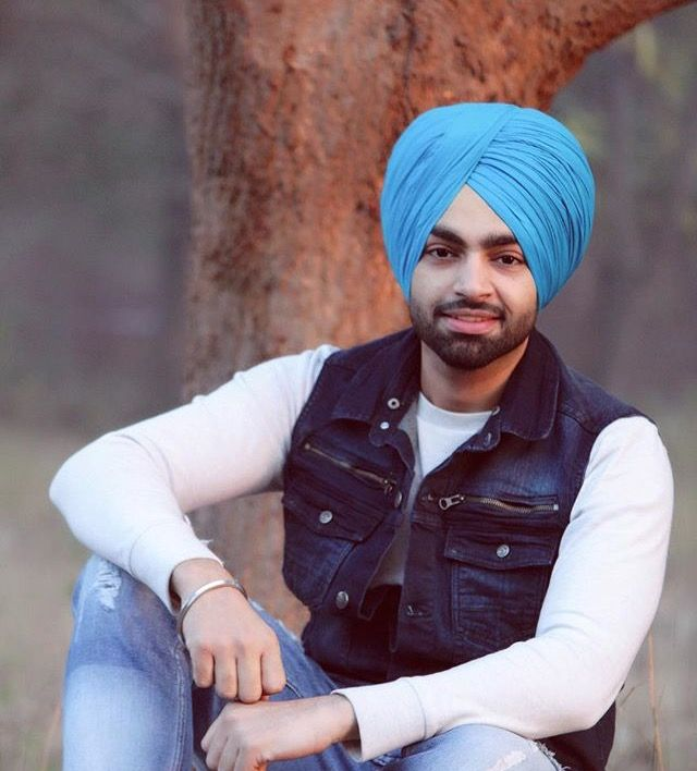 Russia Punjabi Song By Nav Sandhu Song Download: 13 Best Latest Punjabi Songs Images On Pinterest