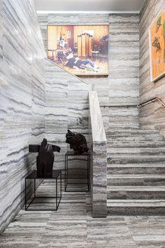 OITOEMPONTO é uma marca de luxo portuguesasituada na cidade do Porto e dedicada à arquitetura e design de interiores . Fundada em 1993 por Artur Miranda, que após dedicar-se por muitos anos à moda, foi estudar Design de Interiores na Suécia e voltou para Portugal com a influência escandinava correndo em suas veias. Dois anos… Leia mais Especial OITOEMPONTO
