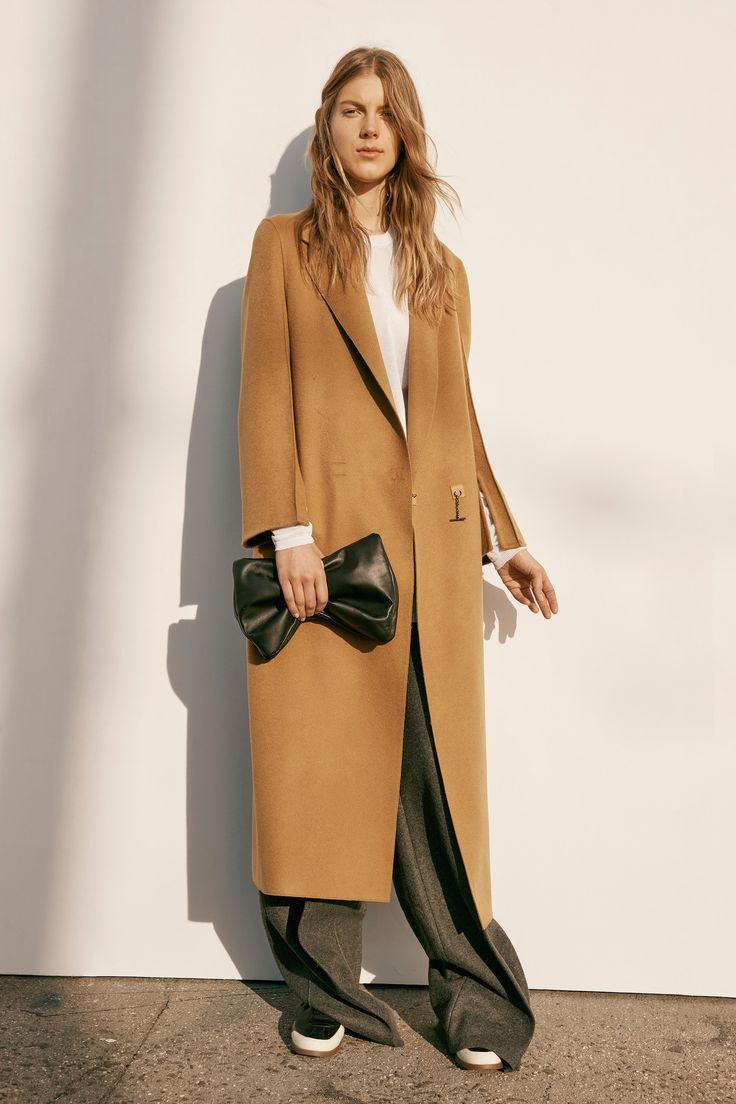 Calvin Klein Collection Pre-Fall 2016 Fashion Show