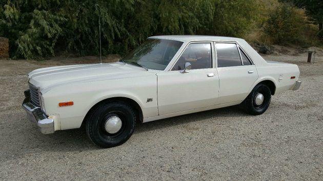 'Fridge White Vanilla Sedan: 1978 Dodge Aspen #Drivers #Dodge, #Sedan - https://barnfinds.com/fridge-white-vanilla-sedan-1978-dodge-aspen/