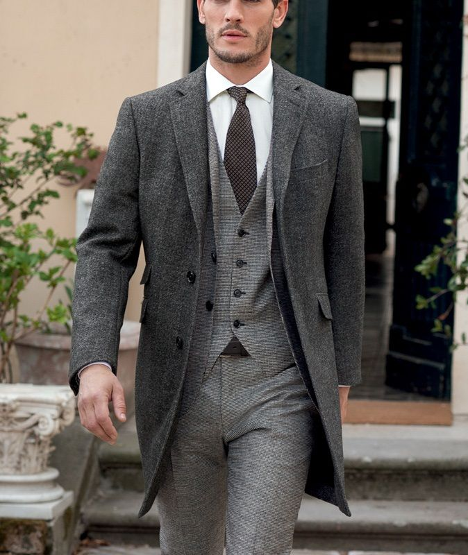 Grey 3 pieces suit with grey over coat