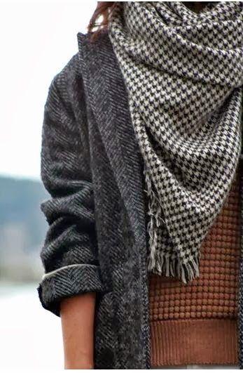 Oversized Grey Coat With Cozy Scarf