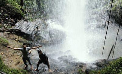 Objek Wisata Air Terjun Reje Ilang di Timang Gajah Bener Meriah