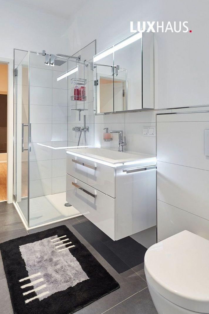 14 Kleine Rechte Ideen Gestaltung In 2020 Badezimmer Renovieren Kleine Badezimmer Design Kleines Badezimmer