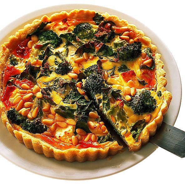 Paj på pinje, feta och broccoli | Recept från Köket.se