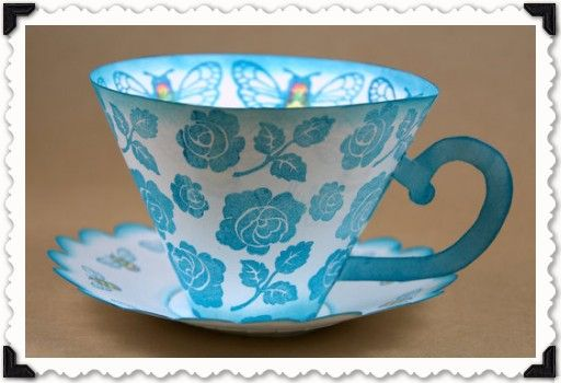 Such nice tea cups (with saucer)! 2 Free printable templates #DIY #craft #freebie