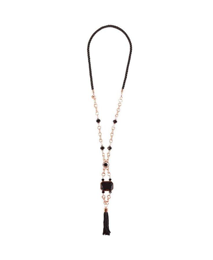 #Collana lunga con pendente a nappina nera