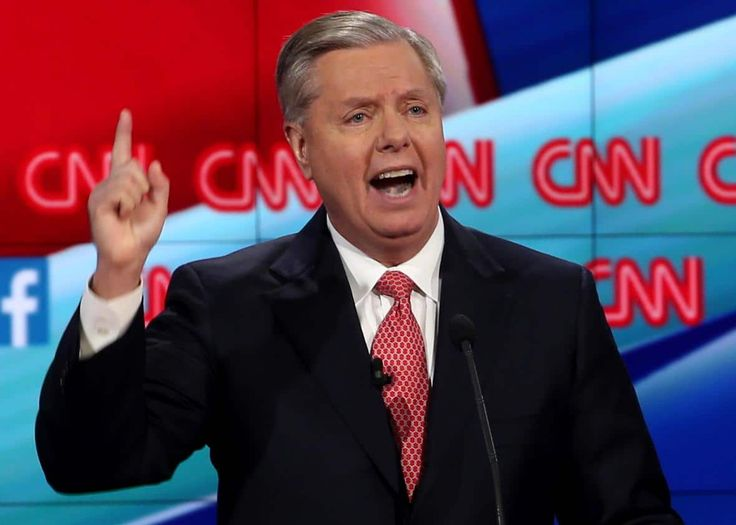 """Senator Lindsey Graham (R-SC) has made a startling announcement to his constituents: if you don't support Obama's illegal and unconstitutional DREAM Act, don't vote for him! PJ Media reports: Sen. Lindsey Graham (R-S.C.) urged President Trump to support a revived DREAM Act and said at the """"snap..."""