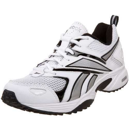 half off f202e beb46 Estes zapatos de tenis es blanco, nergro, y gris. Llevo este en el