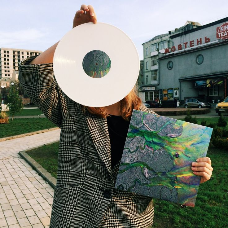 An awesome wave vinyl