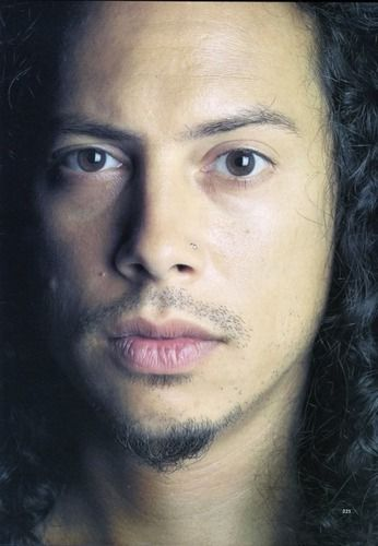 Kirk Hammett| the face of perfection <3 (I used this pic to do a charcoal portrait of him, it was a tough closeup!  GREAT FACE!)