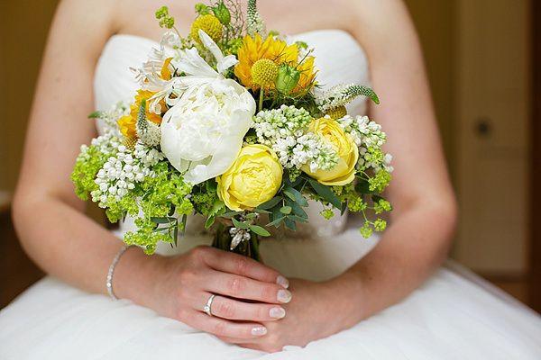 Lemon Lime Tipi Wedding Yellw Green Peony Sunflower Bridal Bouquet http://www.tuxandtalesphoto.co.uk/