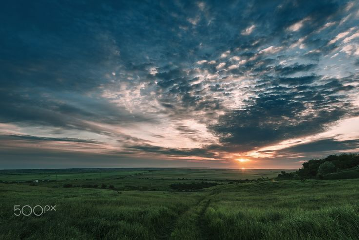 In the dawn light up the sky - The picture was taken in the city of Temryuk, Krasnodar region, Russia