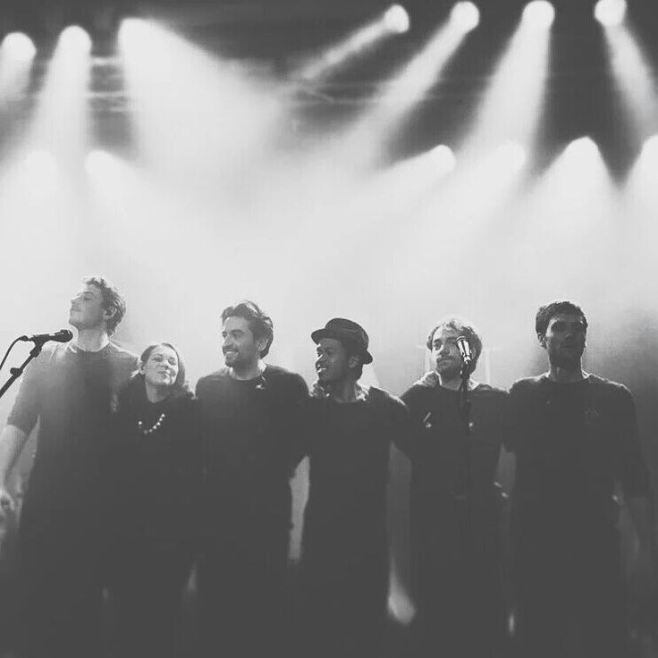 Dotan with his team