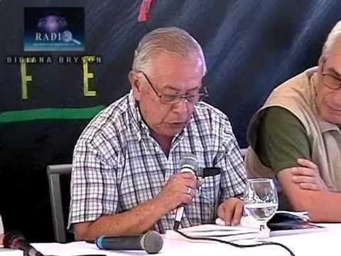 (1) EL CONTACTADO ENRIQUE CASTILLO RINCÓN EN EL CONGRESO MUNDIAL OVNI 2006 - YouTube
