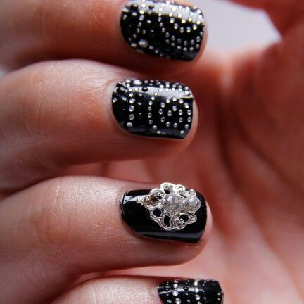 Royal Nail jewel - simply glue on with nail glue! Super durable and re-usable! Available ftom www.nailcandi.co.za