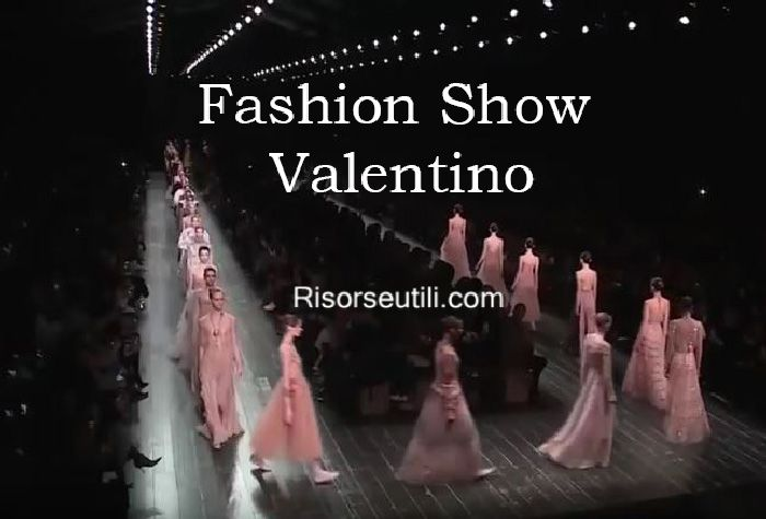 Fashion show Valentino fall winter 2016 2017 womenswear