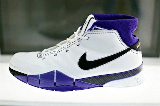 Nike Kobe Air Zoom