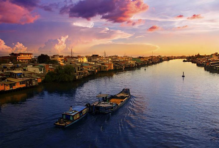 Paddle along the Mekong Delta, Vietnam