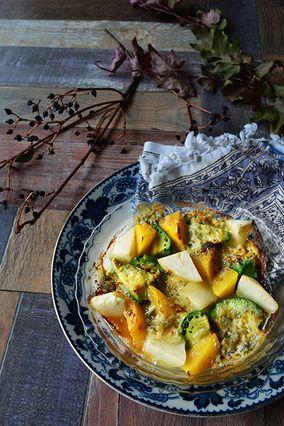 オトナを誘惑する香り。ワインに合うおつまみレシピ。ゴルゴンと果物にアボカド焼|レシピブログ