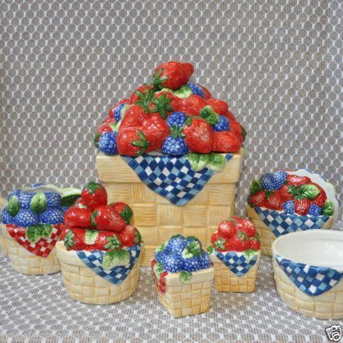 Strawberry Blueberry Kitchen Decor 7 Piece