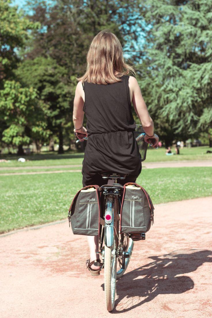 Sacoche double/ Double saddle bag #MoonRide #MoonRideSpirit #collection #SweetBoheme #sweet #boheme #lovely #woman #femme #backpack #bike #trendy #tendance #fashion #lifestyle #street #urban #summer #paris #vélo #bike #city #safety #sac #bag
