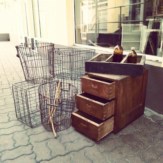 Wjechały nowości :) dzisiaj zapraszamy do sklepu  od 13 do 15 Ul. Św. Marcin 45 Pasaż pod Złotą Kulą Poznań Just arrived ! #vintage #interiors #industrial #design #loft #retro #vintageshop #sklepvintage #poznan #korb #basket #kosz #crate #box #skrzynia #skrzynka #chest #szafka #cabinet #cupboard #wnętrza #old #antiques #starocie #brocante
