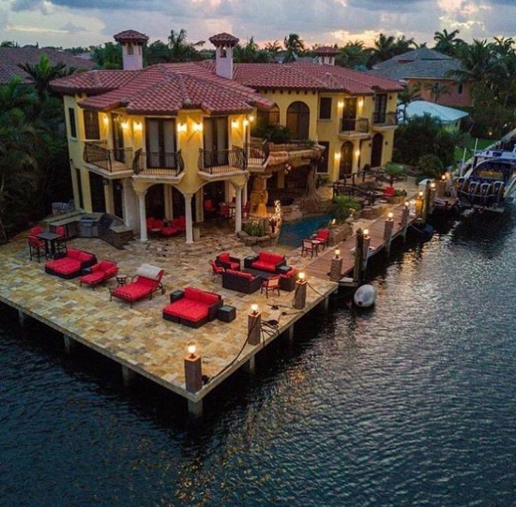15 Utterly Luxurious Mediterranean Mansion Exterior: 17 Best Images About Grand Mediterranean Homes On