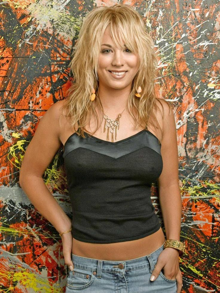 16 besten kaley cuoco bilder auf pinterest haar und beauty kaley cuoco und kurzhaarschnitte. Black Bedroom Furniture Sets. Home Design Ideas