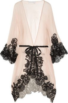 Decadence in black lace