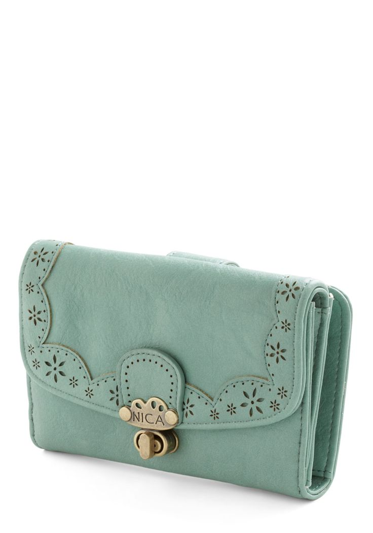 Make Persimmon of Yourself Wallet in Mint. While some weekends are for relaxing, this one is dedicated to networking! #mint #modcloth