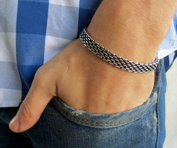 """Men's Bracelet - Men's Silver Bracelets - Men's Jewelry - Jewelry For Men - Bracelets For Men - Gift for Him - Men's Gifts  Looking for a gift for your man? You've found the perfect item for this!   The simple and beautiful bracelet made of blackend silver plated brass.  Length: 7"""" (18 cm) + 2"""" (5 cm) extension chain.  $40"""
