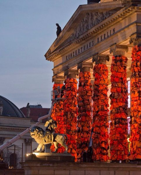 Ai Weiwei Covers Berlin Landmark With 14,000 Refugee Life Jackets