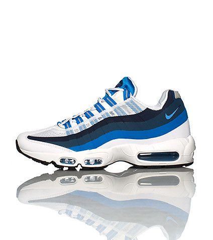 NIKE Mens low top sneaker Lace up closure Mesh material for breathability  Cushioned air bubble sole. Air Max 95Nike ...