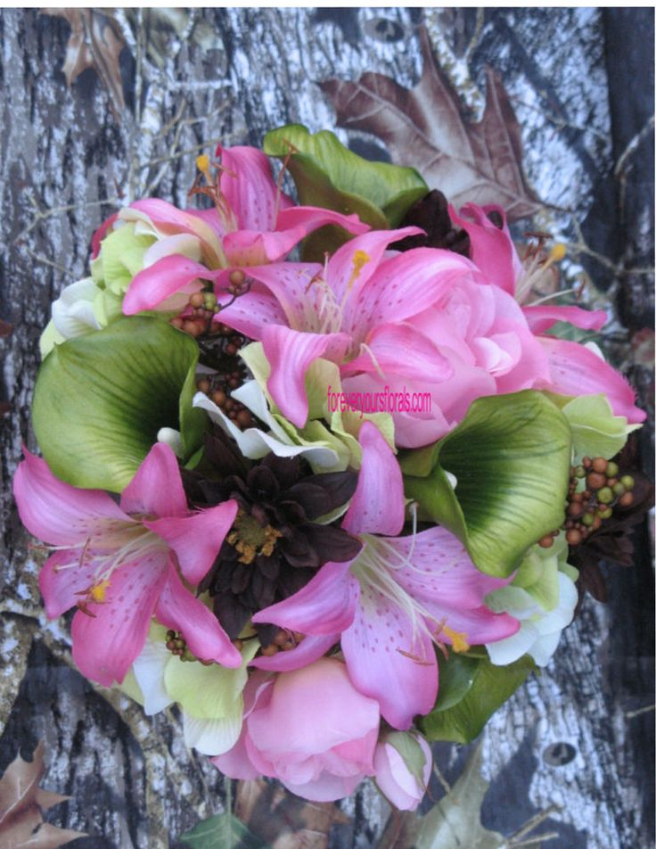 New Hot Pink Mossy Oak New Break Up Wedding Bouquets, Hot Pink Camo Bouquet Set