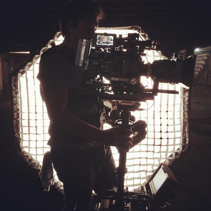 """Octagonal Horizontal"" - NYC Boston based Joel @insaintcam getting a cool silhouette of himself in front of Chimera Lighting Octa   @joshuadreyfus @castrofoto @rulebostoncamera #cookes4i #rulebostoncamera #sonyfs7ii #sony#steadicam #gpipro #bvb07 #thehauntedhousefilmgb #rtmotion#octoplus #chimeralighting #chimera #teradek #perfectlighting #chimeralighting #chasinglight"