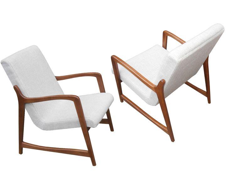 ➥ Co myślicie??? Fotel / Sessel Schorsch | B.T. Meble ➥ Fotel w stylu lat 50-tych, wykonany z drewna wiśniowego, wzorowany na duńskim designie tamtych lat ➥ Ein Sessel wie aus den 50ern, hergestellt aus massivem Kirschbaumholz. Dieser Sessel ist perfekt geeignet für Menschen, denen neben einer klassischen Ästhetik ein künstlericher Ansatz wichtig ist.