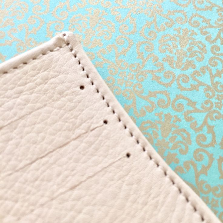 Pin By Opal R Helm On Details Wallet Zip Around
