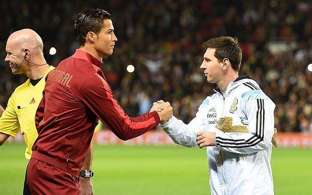 """C. Ronaldo sobre derrota da Argentina : """"Dói-me ver Messi chorar, espero que volte à selecção"""" http://angorussia.com/desporto/ronaldo-derrota-da-argentina-doi-me-ver-messi-chorar-espero-volte-seleccao/"""