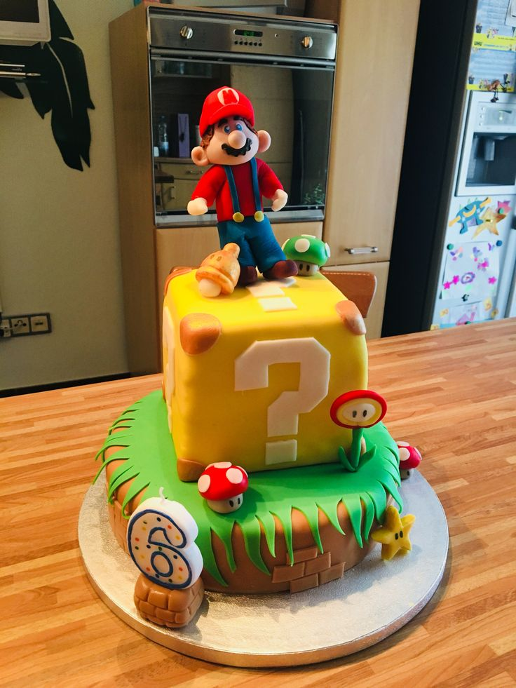 die besten 25 super mario kuchen ideen auf pinterest luigi kuchen super mario cupcakes und. Black Bedroom Furniture Sets. Home Design Ideas