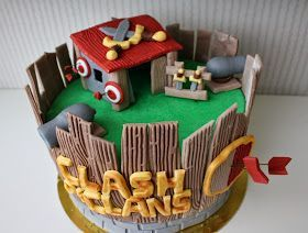 Tarta-Clash-of-Clans-fondant-cake