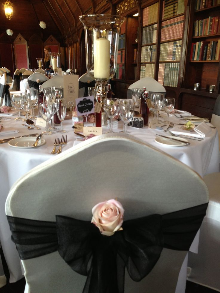 Black and pink wedding venue theme at Ettington Park Hotel in Warwickshire #weddings