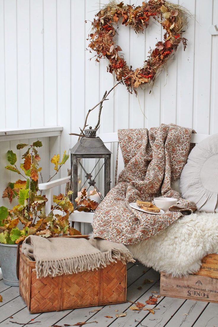 Such a cozy looking scene for fall | VIBEKE DESIGN: First round: Selection of autumn photos!
