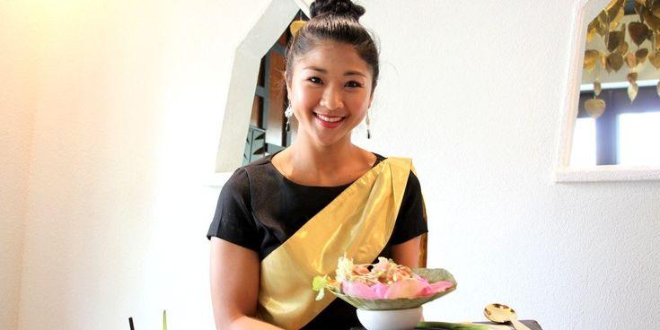 """高級タイ料理レストラン「ノイタイ・キュイジーヌ」がオープン """"Noi Thai Cuisines opened in Royal Hawaiian Center! #Hawaii #ハワイ Royal Hawaiian Center ロイヤル・ハワイアン・センター Noi Thai Cuisine - Hawaii  http://www.poohkohawaii.com/report/noithai_cuisine.html"""