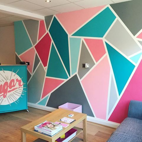 Throwback to our first commercial job at Sugar Salon, Caerphilly! #paintinganddecorating #wallart #mural #muralart #abstract #abstractpainting #abstractwallart #walldesign #specklehouse #roomtransformation #southwales #contemporarydesign #creative #creativedesign #creativeinterior #interiordesign #hairsalon #commercialspace #modernshop #roominspiration