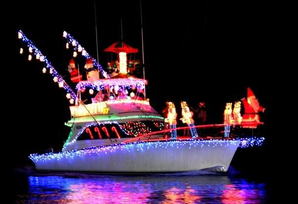 Join us for the 8th Annual Tybee Boat Parade on Sunday, December 11th at The Original Crab Shack!The event begins at 5pm with a Hot Dog and Chili Bar.The Hot Dog & Chili Bar is FREE for PARTICIPANTS with a Second Harvest canned food donation.The Hot Dog & Chili Bar is $5 for SPECTATORS with a Second Harvest canned food donation.Boats depart Crab Shack docks at approximately 5:30PM (Tybee Time)